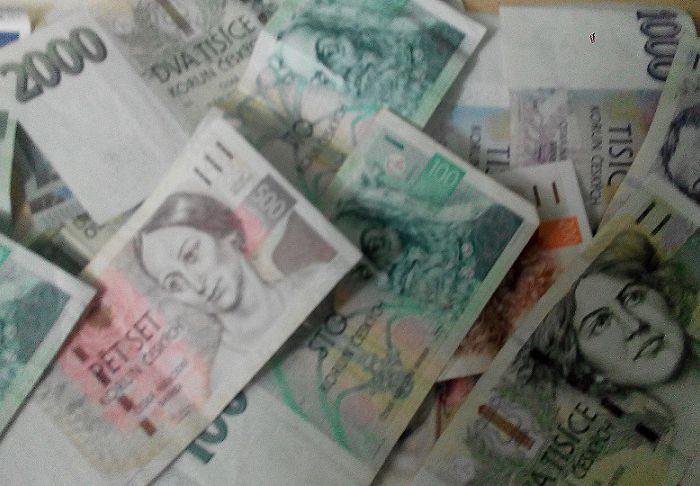 8dg6s93de3g-money2